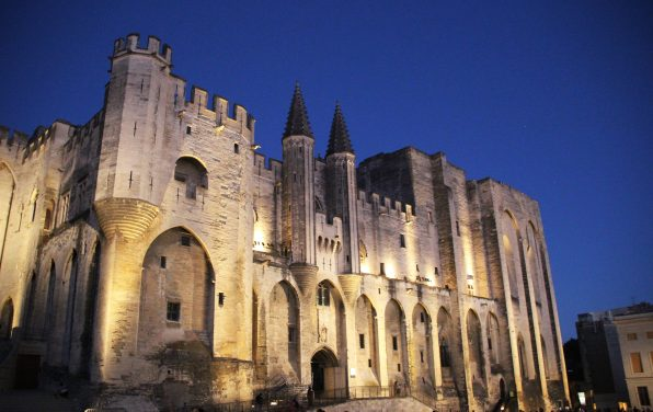 Chronique d'Avignon off n°8 : Bulle papale