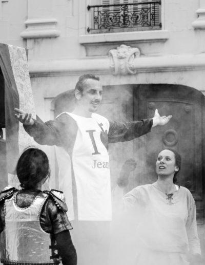 descendre de jeanne cie colegram - photo pacome rotondo - Gael Dubreuil - Coline Bouvarel - Cecilia Schneider